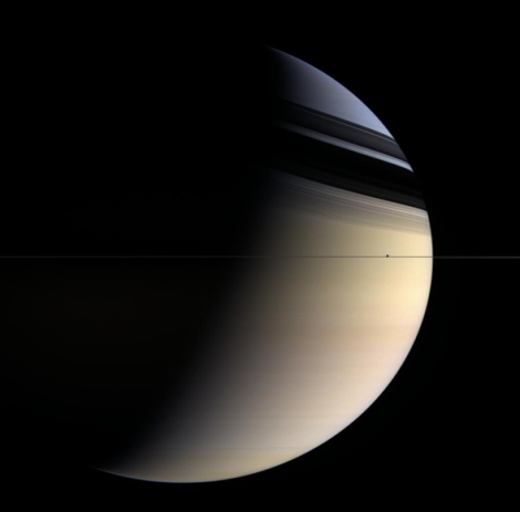 cassini_saturn_edgeon-crop-original-original