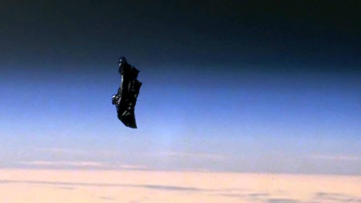 Misteri: Satelit Black Knight Benar-benar Ada, Atau Cuma Hoax?